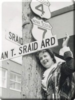 Street Sign in Canadian Gaelic