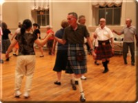 Seasoned dancers are partnered with newcomers during lessons